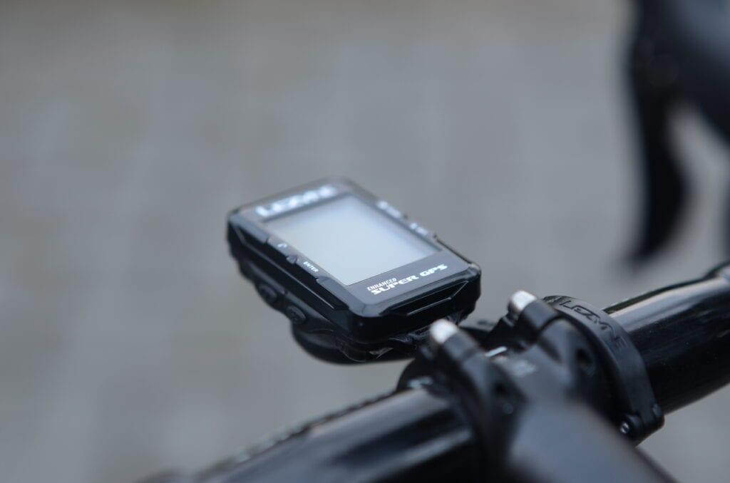 Un compteur de vélo pour les débutants - Lezyne Super GPS