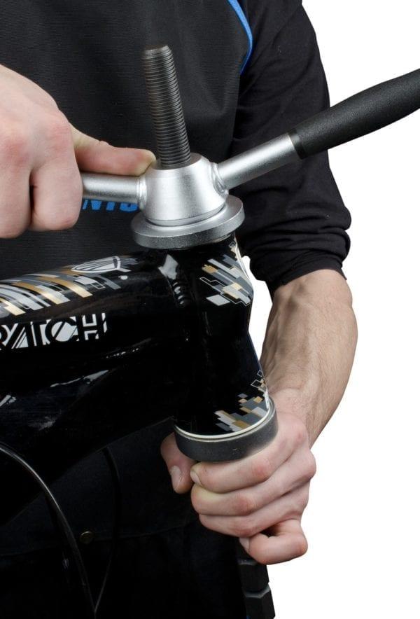 Unior Einpresswerkzeug für Steuerlagerschalen 16804 headset press 01
