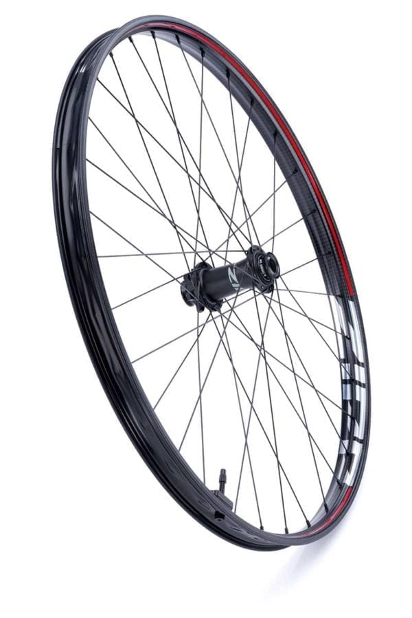 Zipp 3ZERO MOTO Disc 6 Loch Boost Carbon Laufradsatz wheelset Xp Sport 03