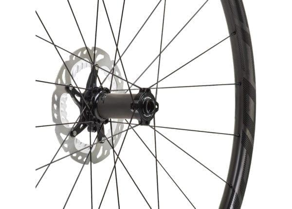 Scope O2D 29 Carbon Laufradsatz black wheels XP Sport 05 scaled