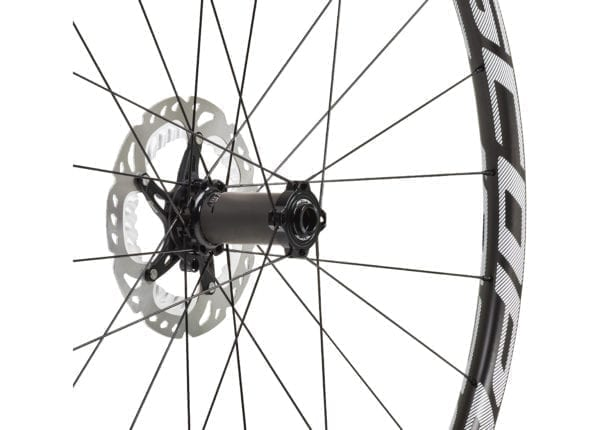 Scope O2D 29 Carbon Laufradsatz white wheels XP Sport 05 scaled
