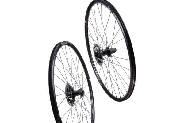 HUNT 4 Season Superdura Disc Laufradsatz wheels XP Sport 0