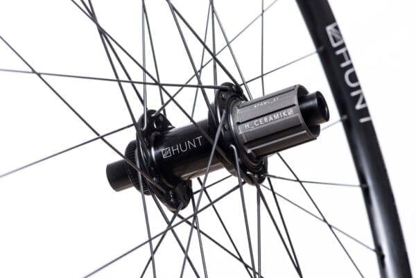 HUNT 4 Season Superdura Disc Laufradsatz wheels XP Sport 04