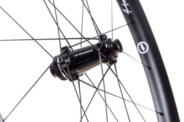 HUNT 48 Limitless Aero Disc Laufradsatz carbon wheels XP Sport 02