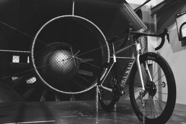 HUNT 48 Limitless Aero Disc Laufradsatz carbon wheels XP Sport wind
