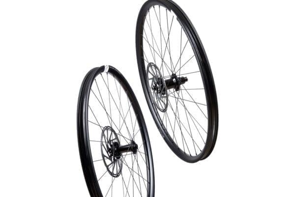 HUNT All Mountain Carbon H IMPACT Laufradsatz wheels XP Sport 0