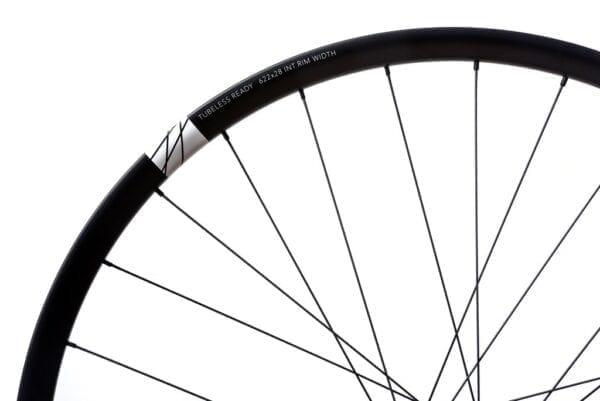 HUNT All Mountain Carbon H IMPACT Laufradsatz wheels XP Sport 3