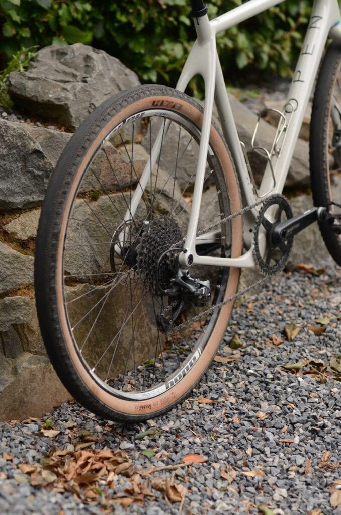 Opne Up avec des pneus WTB