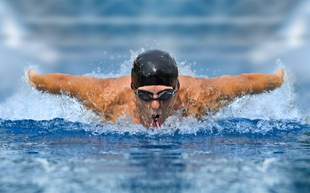 Leistungssport im Schwimmen