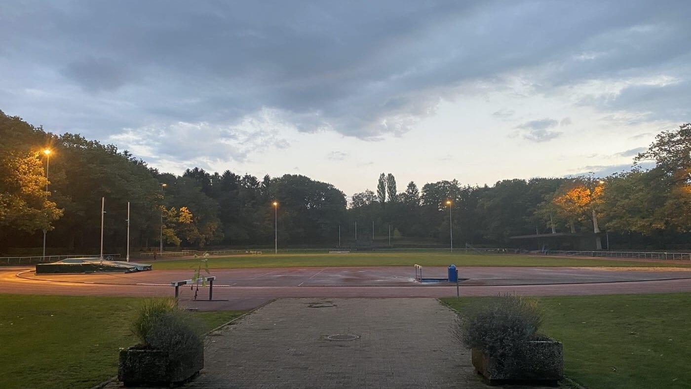 Marathontraining im Waldstadion Aachen