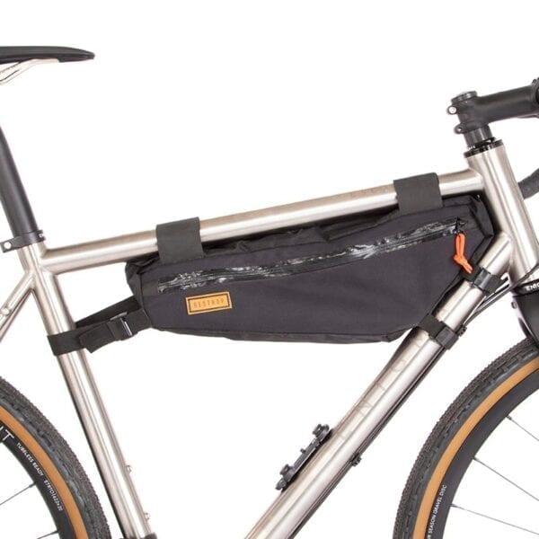 Restrap Rahmentasche frame bag medium XP Sport 1